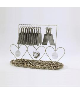 Présentoir avec 3 coeurs em métal pour bapteme ou naissance