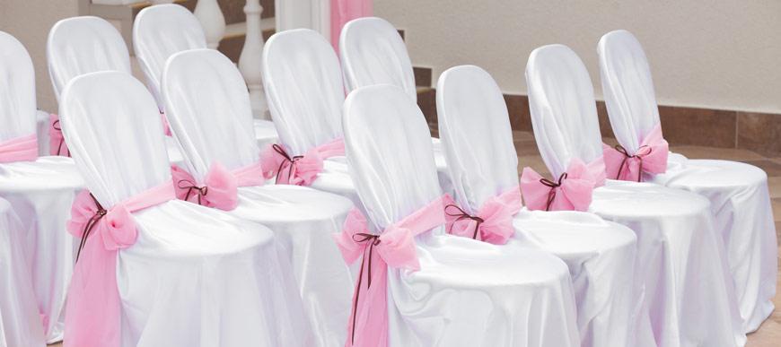 Des Housses Et Noeuds De Chaise Pour Parfaire Votre Dcoration Table Salle Mariage Elles Donneront Un Ct Chic Classe En Harmonie Avec Le